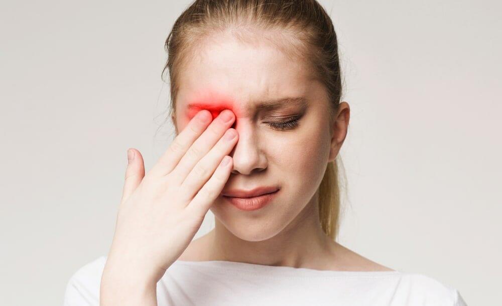 mata merah akibat gonore