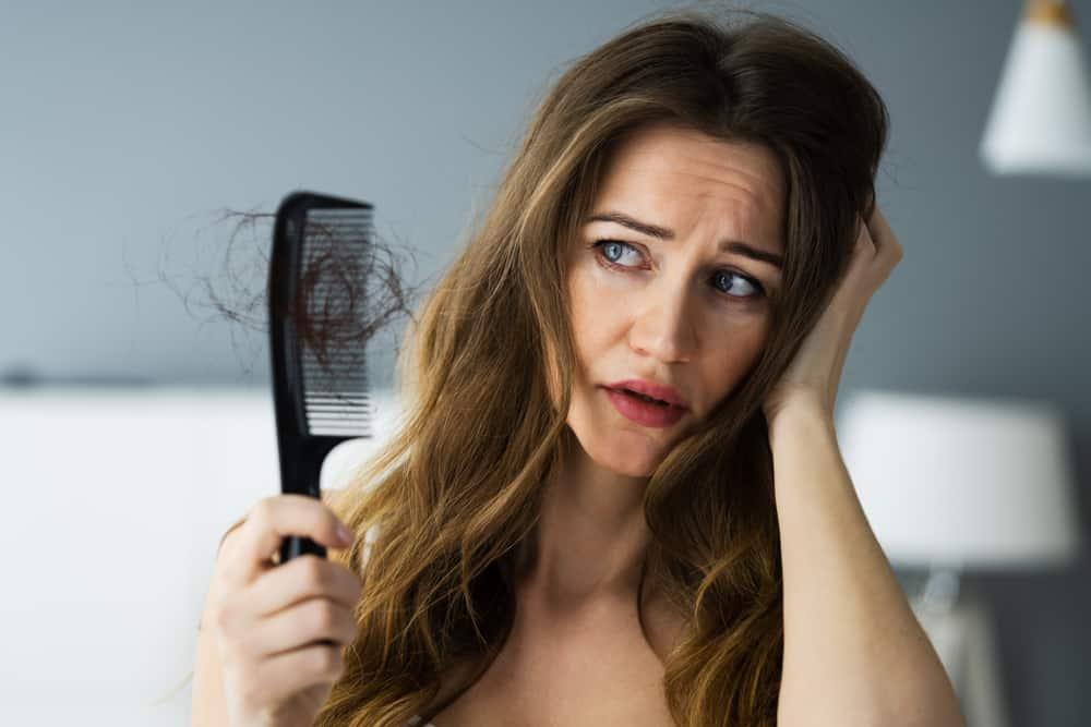 Rambut Sering Rontok Pertanda Penyakit Serius